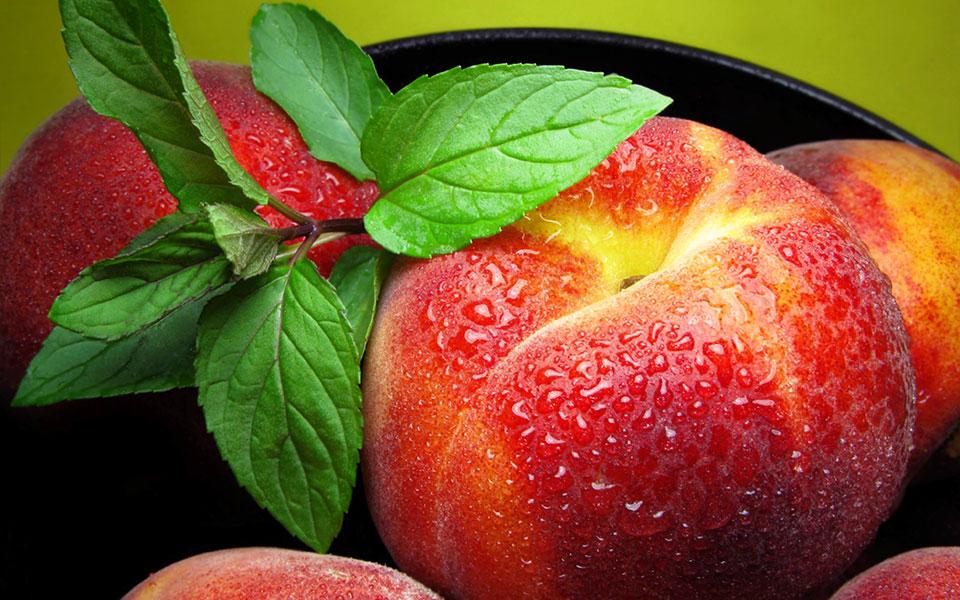 peach-bowl-dewy