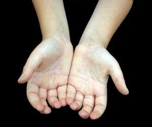 Holding hands sweaty palms